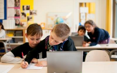samenwerken-klas-laptop